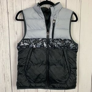Nike | gray black puffer vest | large